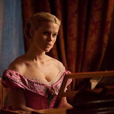 11.The-Raven-Alice-Eve-