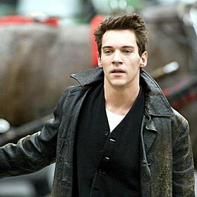 13.Jonathan-Rhys-Meyers