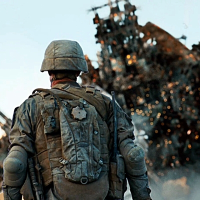 5.Battle Los Angeles -