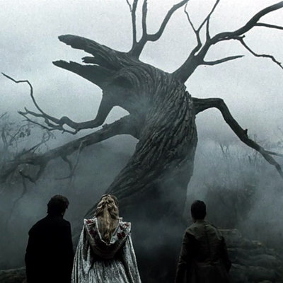 10-sleepy_hollow_1999_tim-burton-johnny_depp_christina_ricci_miranda_richardson_optimisation-google-image-wordpress
