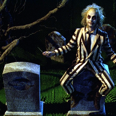15-beetlejuice-winona-rider-1988-tim-burton-michael-keaton-optimisation-image-google-wordpress
