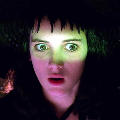 2-beetlejuice-winona-rider-1988-tim-burton-michael-keaton-optimisation-image-google-wordpress