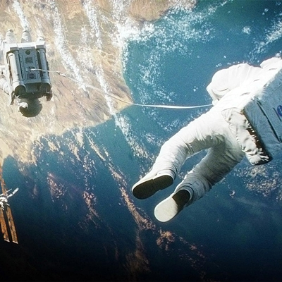 6-gravity-sandra-bullock-george-clooney-2013-optimisation-google-image-wordpress