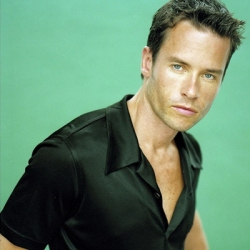 guy-pearce-le-28-02-2014