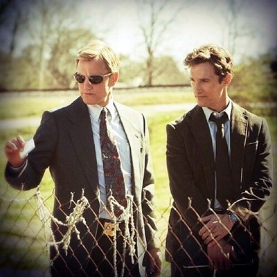 16-True_Detective_TV_Series-mcConaughey-harrelson-optimisation-google-image-wordpress