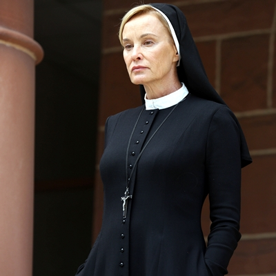 2-American-Horror-Story-Asylum-S2-jessica-lange-optimisation-google-image-wordpress