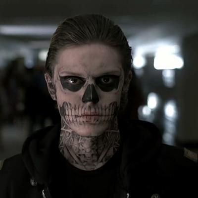 4-American-Horror-Story-1er-chapître-Serie-2011-optimisation-google-image-wordpress