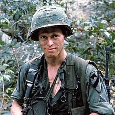 5-Platoon-charlie-sheen-tom-berenger-optimisation-google-image-wordpress