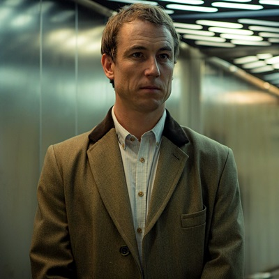 Tobias Menzies as Nathanial Bloom in The Honourable Woman