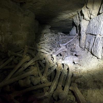 18-catacombes-film-2014-petitsfilmsentreamis.net-abbyxav-optimisation-google-image-wordpress
