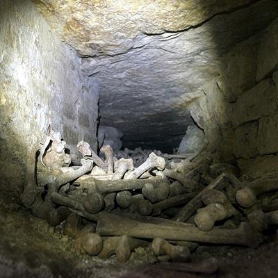 2-catacombes-film-2014-petitsfilmsentreamis.net-abbyxav-optimisation-google-image-wordpress