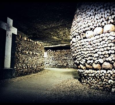 20-catacombes-film-2014-petitsfilmsentreamis.net-abbyxav-optimisation-google-image-wordpress