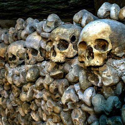 3-catacombes-film-2014-petitsfilmsentreamis.net-abbyxav-optimisation-google-image-wordpress
