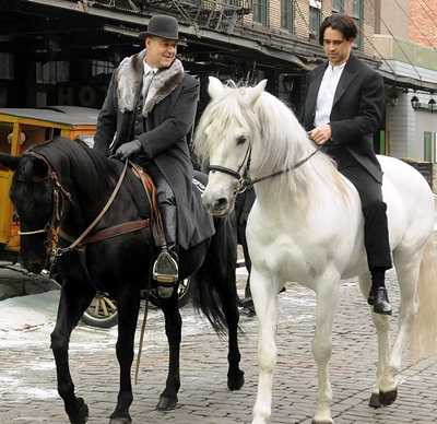 Crowe and Farrell film on horseback