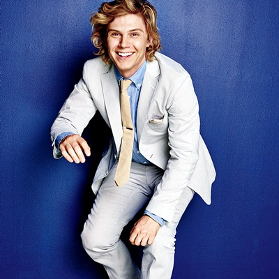 5-evan-peters-petitsfilmsentreamis.net-abbyxav-optimisation-google-image-wordpress