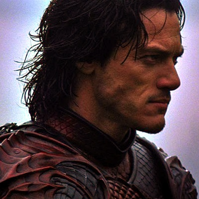 8-dracula-untold-luke-evans-petitsfilmsentreamis.net-abbyxav-optimisation-google-image-wordpress