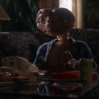 14-E-T-the-extra-terrestrial-spielberg-petitsfilmsentreamis.net-abbyxav-optimisation-image-wordpress-google