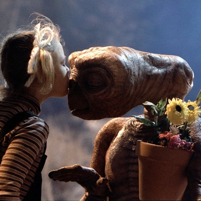 16-E-T-the-extra-terrestrial-spielberg-petitsfilmsentreamis.net-abbyxav-optimisation-image-wordpress-google