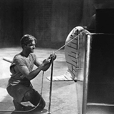20-l-homme-qui-retrecit-the-shrinking-man-1957-petitsfilmsentreamis.net-abbyxav-optimisation-image-google-wordpress