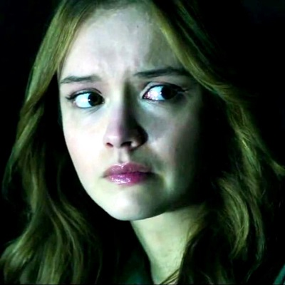9-ouija_2014-olivia-cooke-petitsfilmsentreamis.net-abbyxav-optimisation-google-image-wordpress