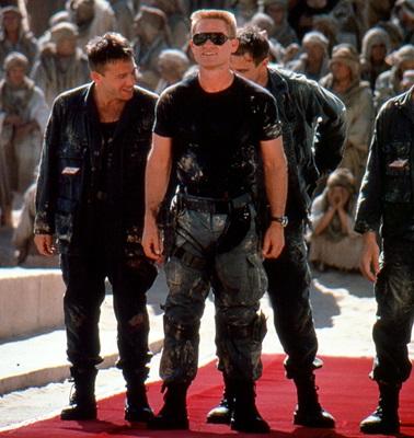 18-stargate-1994-kurt-russell-james-spader-petitsfilmsentreamis.net-abbyxav-optimisation-google-image-wordpress