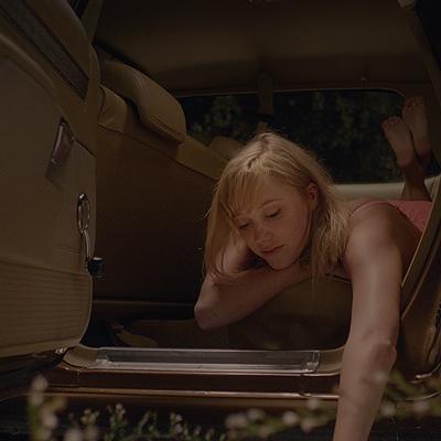 13-it_follows_2014-movie-petitsfilmsentreamis.net-abbyxav-optimisation-image-google-wordpress