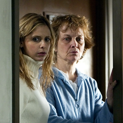 9-the-grudge-2004-pullman-sarah-michelle-gellar-petitsfilmsentreamis.net-abbyxav-optimisation-image-google-wordpress