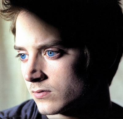 14-crimes-à-oxford-elijah-wood-john-hurt-petitsfilmsentreamis.net-abbyxav-optimisation-image-google-wordpress