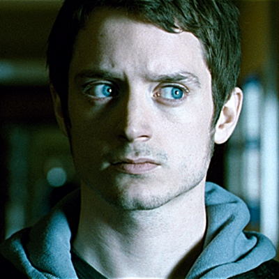 4-crimes-à-oxford-elijah-wood-john-hurt-petitsfilmsentreamis.net-abbyxav-optimisation-image-google-wordpress