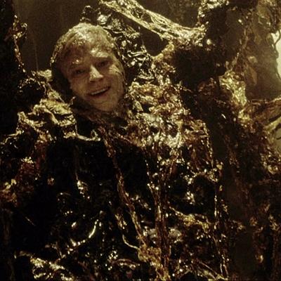 17-Alien-Resurrection-sigourney-weaver-petitsfilmsentreamis.net-abbyxav-optimisation-image-google-wordpress