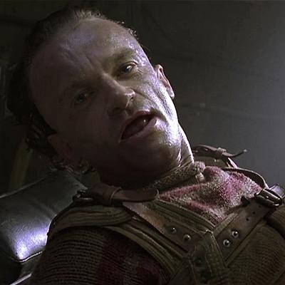 22-Alien-Resurrection-sigourney-weaver-petitsfilmsentreamis.net-abbyxav-optimisation-image-google-wordpress