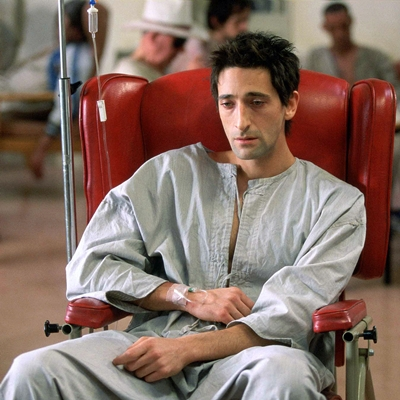 9-the-jacket-adrien-brody-film-petitsfilmsentreamis.net-abbyxav-optimisation-image-google-wordpress