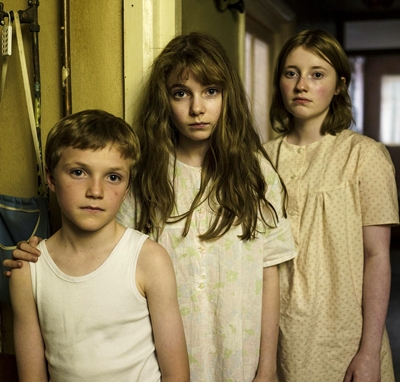 2-the-enfield-haunting-serie-petitsfilmsentreamis.net-abbyxav-optimisation-image-google-wordpress