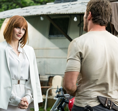 BRYCE DALLAS HOWARD and CHRIS PRATT star in the movie