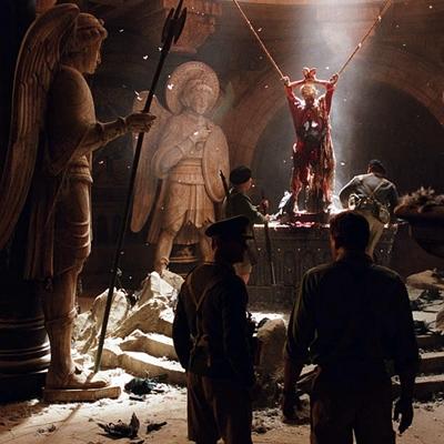 14-l-exorciste-au-commencement-skarsgard-d-arcy-petitsfilmsentreamis.net-abbyxav-optimisation-image-google-wordpress