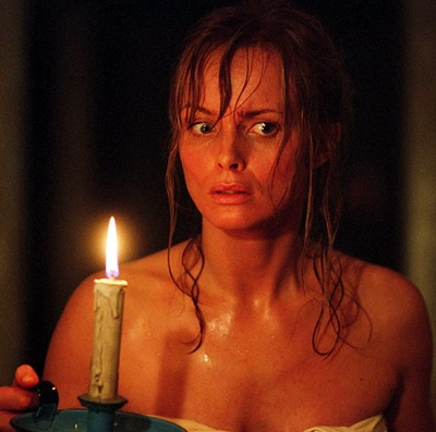 18-l-exorciste-au-commencement-skarsgard-d-arcy-petitsfilmsentreamis.net-abbyxav-optimisation-image-google-wordpress