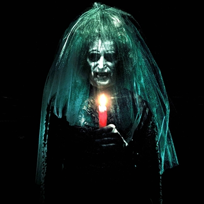 10-insidious-chapitre-3-film-petitsfilmsentreamis.net-abbyxav-optimisation-image-google-wordpress