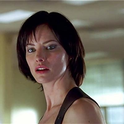 15-Resident_Evil_Apocalypse_milla-jovovich-petitsfilmsentreamis.net-abbyxav-optimisation-image-google-wordpress
