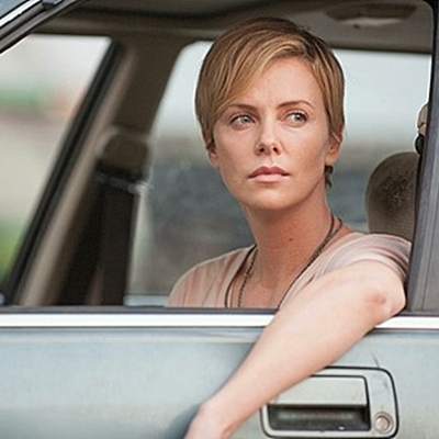 16-dark-places-charlize-theron-petitsfilmsentreamis.net-abbyxav-optimisation-image-google-wordpress