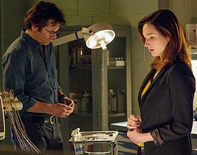 17-Zoo-Season-1-billy-burke-patterson-petitsfilmsentreamis.net-abbyxav-optimisation-image-google-wordpress