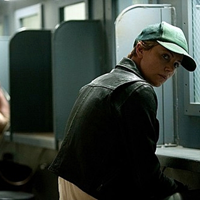 18-dark-places-charlize-theron-petitsfilmsentreamis.net-abbyxav-optimisation-image-google-wordpress