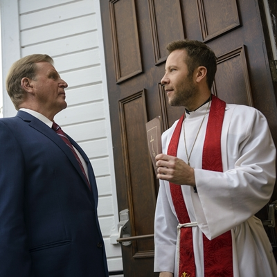 7-Impastor-Saison-1-michael-rosenbaum-petitsfilmsentreamis.net-abbyxav-optimisation-image-google-wordpress