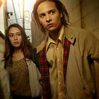 Alycia Debnam Carey as Alicia and Frank Dillane as Nick - Fear the Walking Dead _