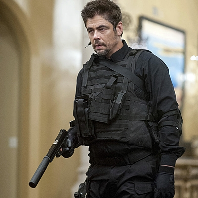 18-Sicario-del-toro-brolin-blunt-petitsfilmsentreamis.net-optimisation-image-google-wordpress