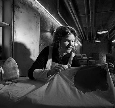16-American-Horror-Story-Hotel-Season-5_petitsfilmsentreamis.net-optimisation-image-google-wordpress