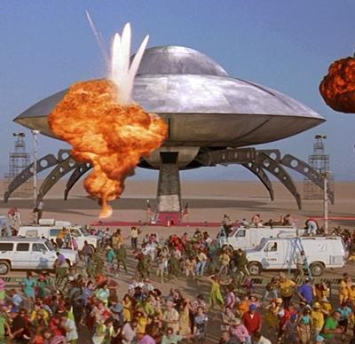 8-Mars-Attacks-Movie-tim-burton-petitsfilmsentreamis.net-optimisation-image-google-wordpress