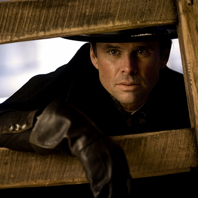 WALTON GOGGINS stars in THE HATEFUL EIGHT.