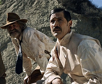 14-bone-tomahawk-film-petitsfilmsentreamis.net-optimisation-image-google-wordpress