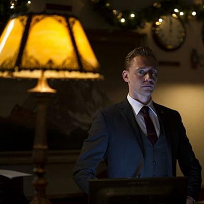19-The_Night_Manager-film-petitsfilmsentreamis.net-optimisation-image-google-wordpress
