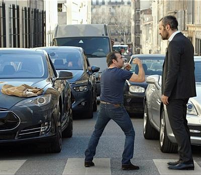 9-un-homme-à-la-hauteur-jean-dujardin-petitsfilmsentreamis.net-optimisation-image-google-wordpress